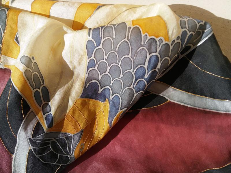 Ręcznie malowany jedwab habotai; apaszka